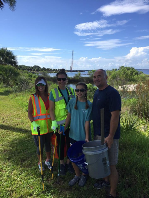 Construction team participates in bay clean-up